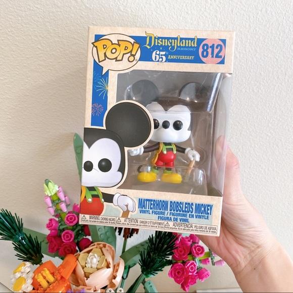 Funko Pop # 812 Mickey